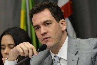 Ariel de Castro Alves