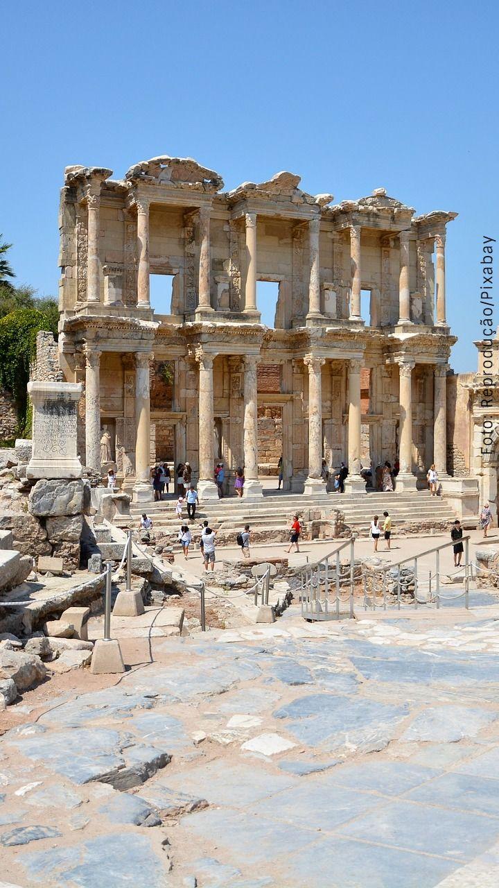 Conheça as sete maravilhas do mundo antigo