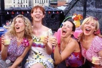 Sete looks icônicos da Carrie Bradshaw